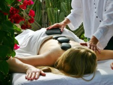 avsugning tips hot stone massage stockholm
